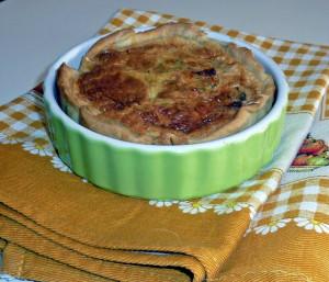 la recette du jour: Quiche au poulet et au Boursin tomate, oignon et ciboulette dans Entrées P1020857_modifi%C3%A9-1-640x480-300x257